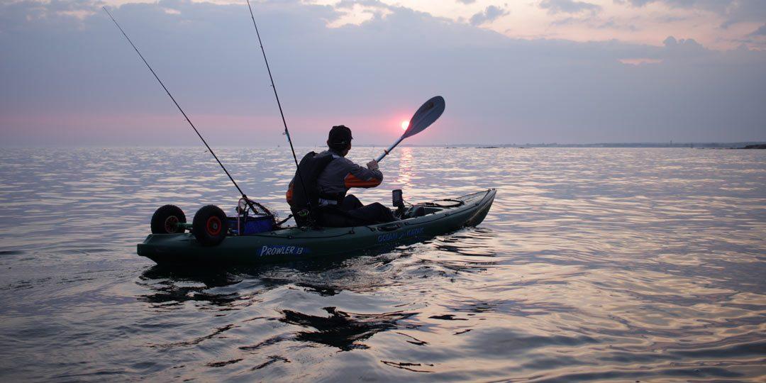 Pêcheur sur son kayak